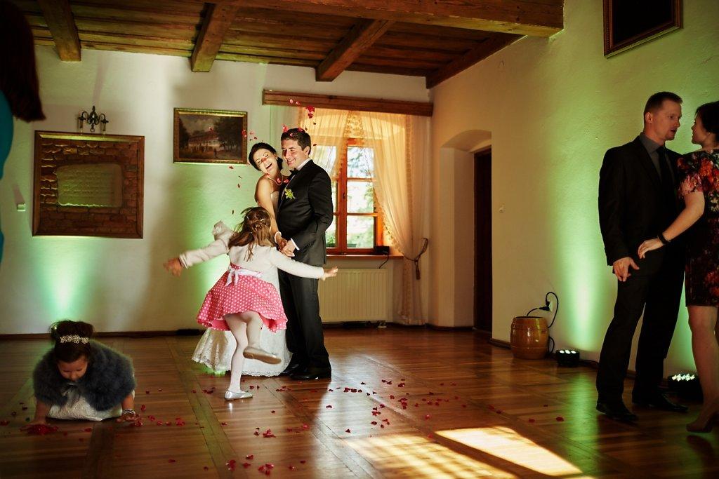 Sesja ślubna - Ślub Pauliny i Radka w plenerze