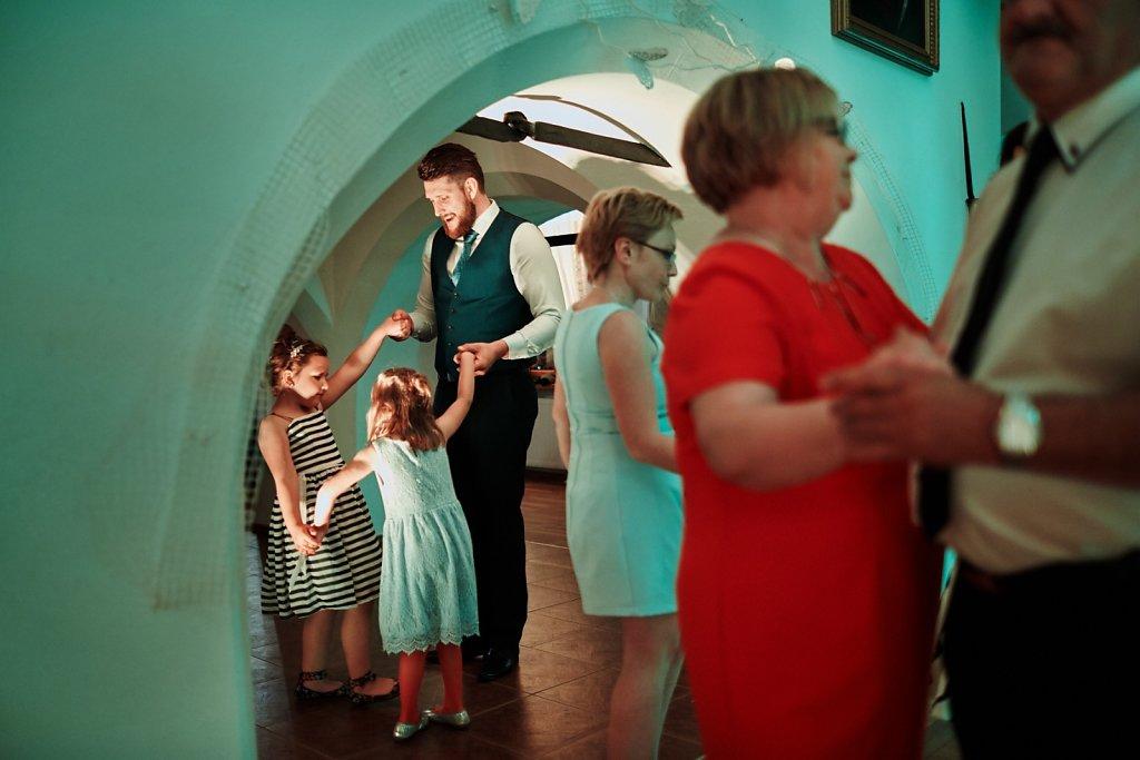 Fotografie ze ślubu - Ślub Pauliny i Radka w plenerze