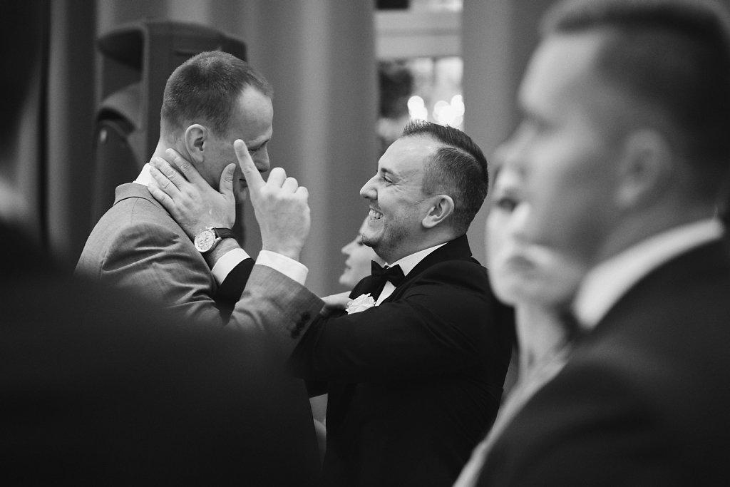 Fotografie ze ślubu - Reportaż w czerni i bieli