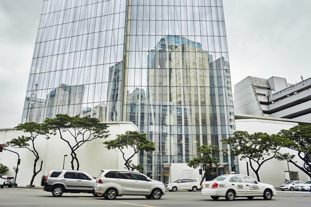 Manila-Makati.jpg