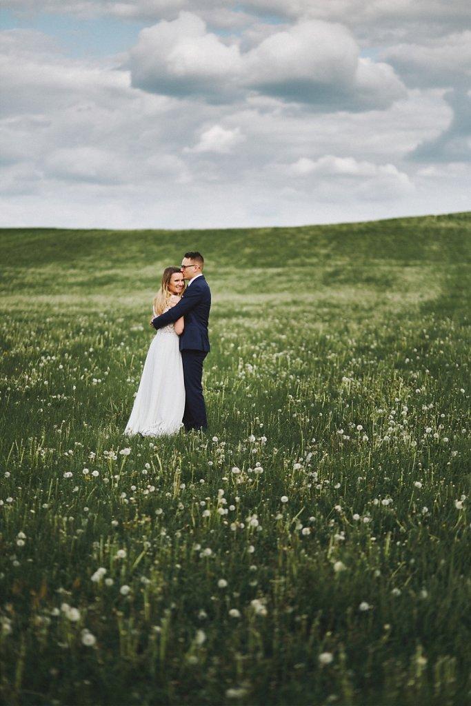 Ślubna fotografia - Wiosenny plener ślubny