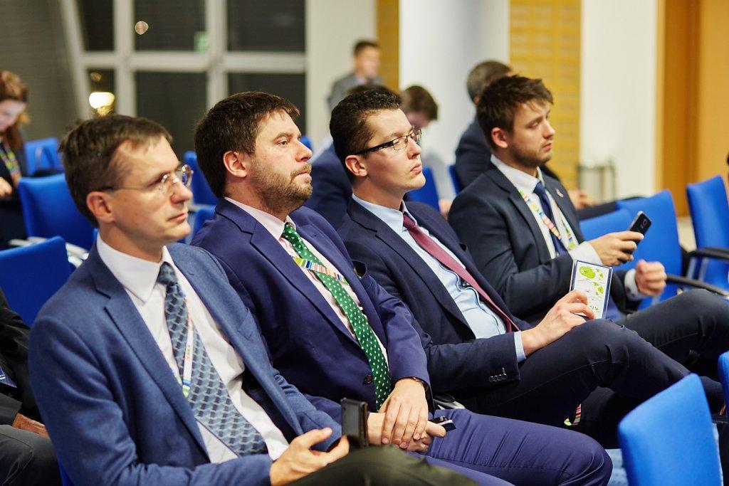 fotografia-firmowa-korporacyjna-konferencja-prasowa-polskie-koleje-panstwowe-pkp-066.jpg