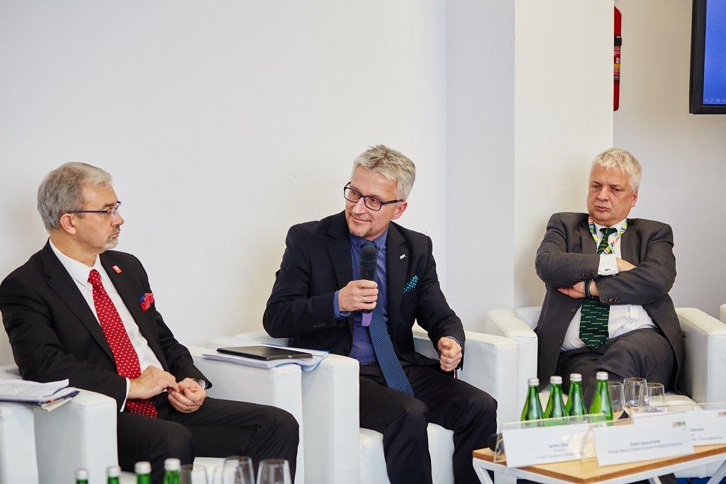 fotografia-firmowa-korporacyjna-konferencja-prasowa-polskie-koleje-panstwowe-pkp-076.jpg