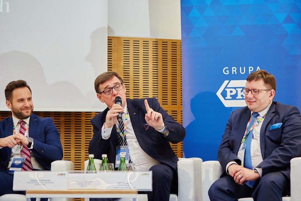 fotografia-firmowa-korporacyjna-konferencja-prasowa-polskie-koleje-panstwowe-pkp-081.jpg