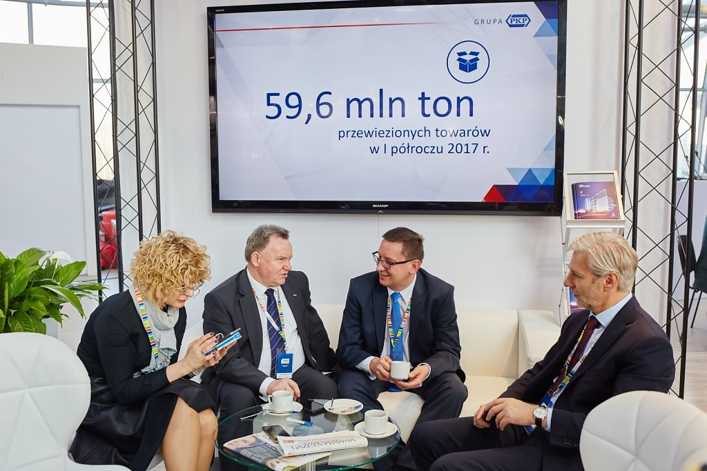 fotografia-firmowa-korporacyjna-konferencja-prasowa-polskie-koleje-panstwowe-pkp-062.jpg