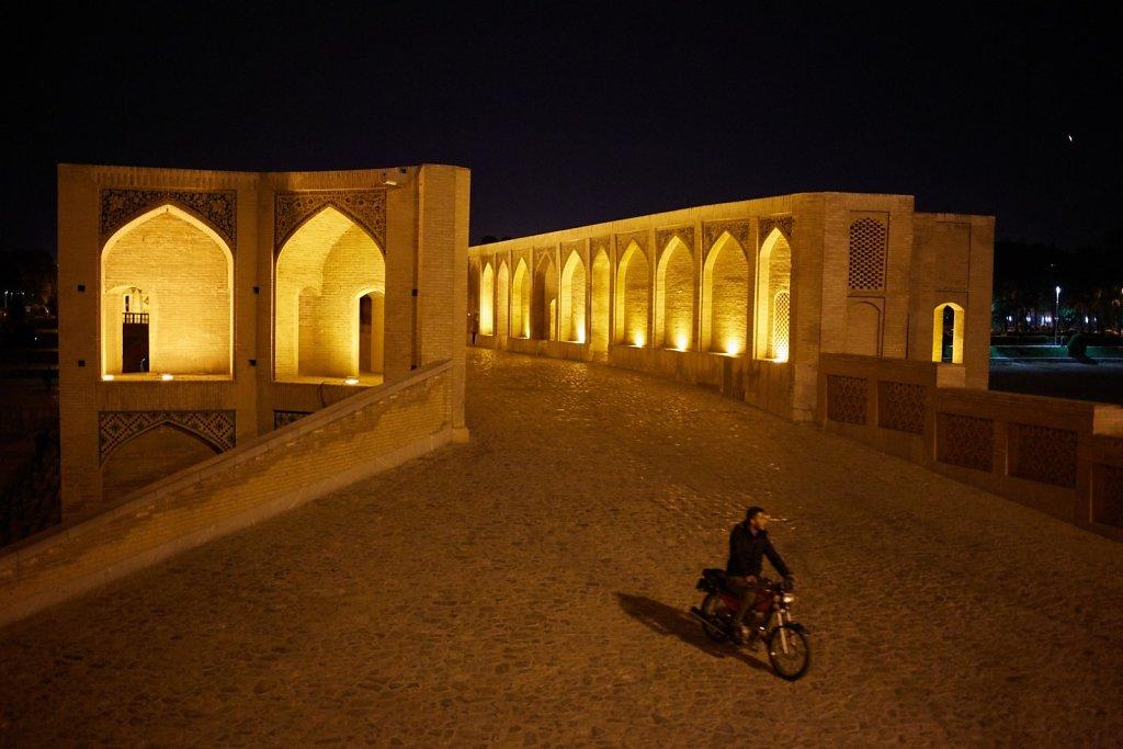 Si-o-seh Pol, Iran