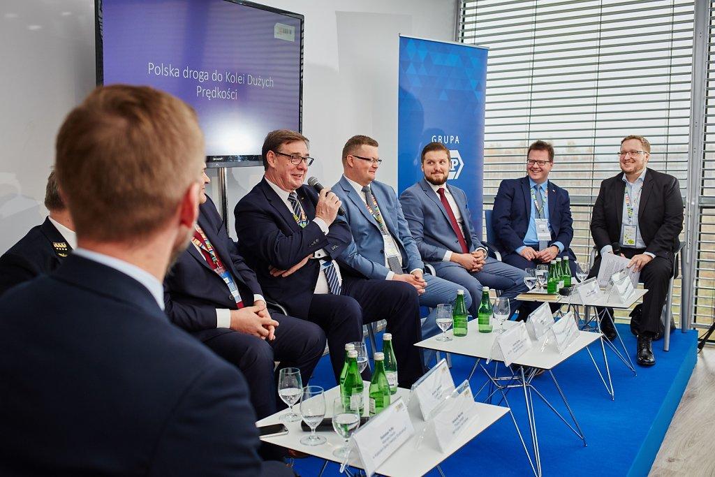 fotografia-firmowa-korporacyjna-konferencja-prasowa-polskie-koleje-panstwowe-pkp-069.jpg
