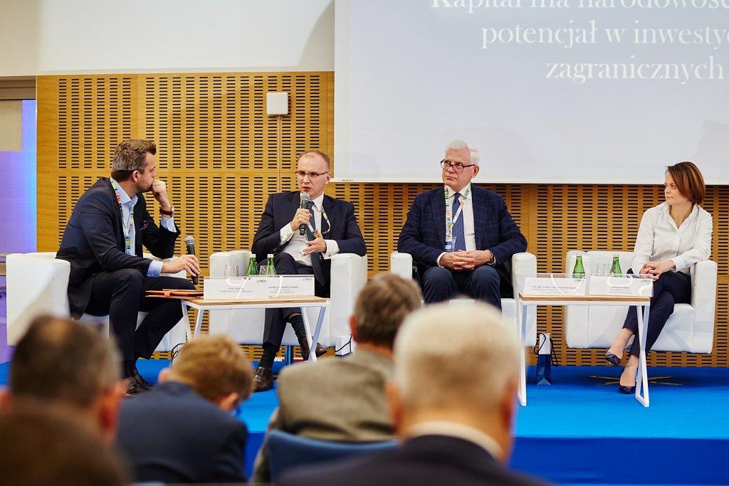 fotografia-firmowa-korporacyjna-konferencja-prasowa-polskie-koleje-panstwowe-pkp-080.jpg
